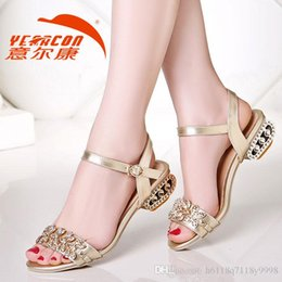 Wholesale Low Kitten Heel Silver Shoes - Hot, and in 2015, the new fashion wedding shoes silver Rhine high shoes bride wedding the bride's shoes, sandals, 2016