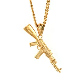 Ak47 gold on-line-Hip-hop dos homens 18 k banhado a ouro ak47 gun 316l titanium aço pingente de colar com 24 polegada torcido cadeia colar de jóias de moda