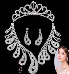 Wholesale Sliver Bridal Jewelry Sets - Fashion Sliver Rhinestones Necklace Earrings Jewelry Sets Chic Bridal Party Rhinestone Artificial Zircon Necklace Earrings Set for Wedding