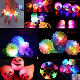 Drôle Mignon Clignotant Lumière LED Sourire Rose Anneaux Clignotant Partie Doux Lumière Up Glow Jelly Doigt Anneaux Décor De Mariage ? partir de fabricateur