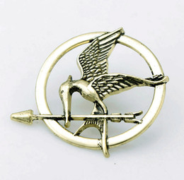 Wholesale Mockingjay Hunger Games Pendant - The Hunger Games Brooches Inspired Mockingjay And Arrow Movie Hunger Games Bird Brooch Pins For Both Women And Men