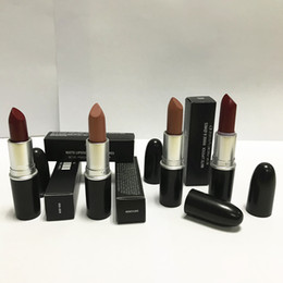 Wholesale Violet Name - Good quality Luster Lipstick RUBY WOO CHILI VELVET TEDDY HONEYLOVE KINDA Frost Retro Matte Lipstick 3g with english name 18 colors