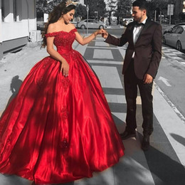 Wholesale Burgundy Quinceanera Prom Dresses - Fashion Corset Quinceanera Dresses Off Shoulder Red Satin Formal Party Gowns Sweetheart Sequined Lace Applique Ball Gown Prom Dresses