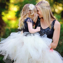 Wholesale Metallic Tulle Wholesale - Elegant Lovely Mother and Daughter Skirts Tutu Tulle Short Ruched Parent-Child Skirt Ball Gowns Simple Summer Family Dress Alikes