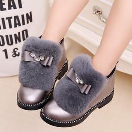 chaussures en gros de brevets pour bébés Promotion Filles Enfants Bottes courtes Enfants Fourrure Bowknot Bottes En Caoutchouc Chaud Automne Hiver Chaussures Casual pour Femme Taille 27-37 Gris Noir