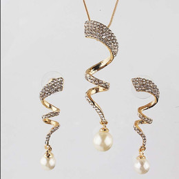 Wholesale Girls One Set - One set Free shipping Women's 18k Gold Filled Austrian Crystal unique design Chain Necklace Earrings Jewelry Sets women gifts