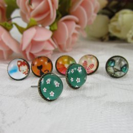 Wholesale Earrings Mix Color Hot Sale - Hot Sale Retro Stud earrings Mixed color Vintage earrings studs for women fashion jewelry wholesale Free Shipping - 0009HM