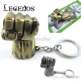 Wholesale Euro Key Chains - Wholesale-1PCS Super Hero Avengers Hulk Fist Key Chains Metal Keychains Zinc Alloy Pendant Key Ring Euro-American Hot Movie Jewelry