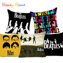 Casi di roccia online-Fodera per cuscino Beatles in poliestere Beatlemania British Rock Band Cuscino decorativo per la casa per divano auto Cuscino economico