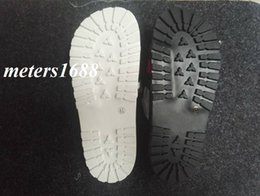 Wholesale Moulding Adhesive - Nes mens fashion Rubber slip-on Slides sandals flip flops with Moulded rubber footbed include dust bags and box