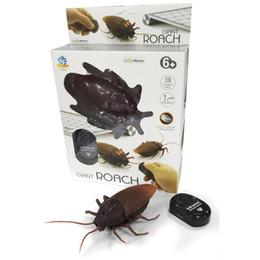 Simulación divertida infrarrojos RC control remoto espeluznante espeluznante insectos cucaracha juguetes regalo de Halloween para niños niño adulto desde fabricantes
