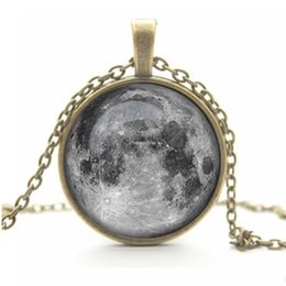Wholesale Necklace Full Moon - Vintage Glass Galaxy Cabochon Full Moon Necklace , Antique Bronze Pendant Chain Necklace , Jewelry For Fashion Women Men