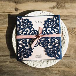 Impression personnalisée de mariage invitation laser bleu coupé creux engaganent fête d'invitation carte élégant floral cartes de papier ? partir de fabricateur