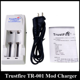 Wholesale Wholesale Trustfire Batteries - Black White Trustfire Battery Charger TR-001 Mod Charger fit 18650 18500 18350 17670 14500 10440 Lithium Battery E Cigarette Battery Charger