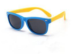 Occhiali da sole infantile online-Infant Kids Occhiali da sole polarizzati in silicone TR90 occhiali flessibili per bambini Occhiali di sicurezza protezione UV400 Fashion Shades oculos de sol802