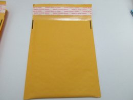 Wholesale Kraft Paper Pouches Wholesale - High Quality Yellow Bubble Envelope Wrap Bag Pouches Packaging PE Bubble Bags Kraft Bubble Mailers Pad 160*140+40mm In Stocked