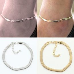 2019 cavigliere a catena semplice New Silver / Gold Flat Snake Chain Anklet Bracelet Women Simple Delicate Foot Chain Summer Beach Piedi Gioielli Lotti 12 Pz cavigliere a catena semplice economici