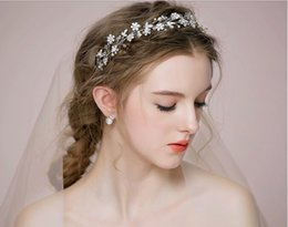 Wholesale Cheap Pageant Tiaras - 2015 Silver Hair Flowers Accessories Bridal Headpiece Pageant Accessories Bridal Crown Tiara Hand Made Beads Pearls Hot Sale Cheap