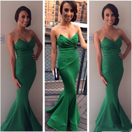 Wholesale Gowns For Emerald Green - New Arrival Sexy Long Mermaid Evening Dresses 2018 Runway Emerald Green Satin Celebrity Pleated Vestido Longo Prom Gowns For Women