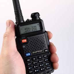 Wholesale Longest Range Walkie Talkie Vhf - Wholesale-BaoFeng UV-5R CB radio long range professional walkie talkie transceiver baofeng uv 5r uv5r 5W VHF UHF Dual Band two way radio