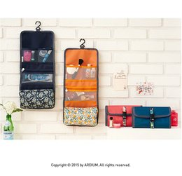 Wholesale Folding Makeup Case - 2017 Hanging Toiletry Kit Travel Bag Cosmetic Bags Carry Case Makeup Packing Organizer with Breathable Mesh Pockets