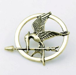 Wholesale Mockingjay Gold Wholesale - Best Selling The Hunger Games Brooches Inspired Mockingjay And Arrow Movie Hunger Games Bird Brooch Pins For Both Women And Men