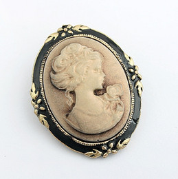 Wholesale Resin Cameos Wholesale - New Hot Selling Beauty head Vintage Brooch Retro Cameo Individuality Pin Brooch  Collar pin Retro Corsage Pin Y009
