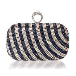 Новый мини-палец кольцо сумки алмазный горный хрусталь клатч вечерний банкет хрустальный кошелек красивая свадьба кошелек невесты от
