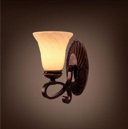 Ретро Европейский Проход / Настенная Лампа для Чтения Стеклянный Абажур Настенный Светильник Комната E27 Творческий Железный Плеер Дизайн Home Bar Decor от
