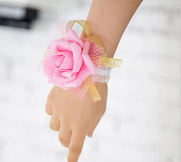 Wholesale red wrist corsage - Wedding Wrist Flowers Bridesmaid Silk Rose corsages Hand Flower Artificial Flowers For Wedding Decoration 4 Colors G1130