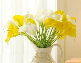 2019 grossisti per fiori artificiali Calla Lily fiori della sposa SPEDIZIONE GRATUITA PU Real Touch fiore PU fiori artificiali decorazioni per feste a casa grossista HP005 grossisti per fiori artificiali economici