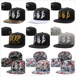 Wholesale Snapback Trendy - Trendy hip-hop cap Snapback hats mens women designer Casquettes gorras bone baseball caps 22 styles hip-hop cap Free fast Shipping