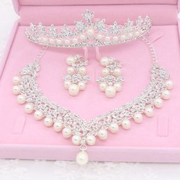 Wholesale Design Earings - Best Sale Bridal Tiaras With Rhinestone Faux Pearls Shining Design Necklace And Earings Bridal Accessories Wedding Jewelry Set WW029