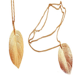 Wholesale Long Thick Necklaces - 2015 New Designer Statement Fashion Gold Plated Alloy Long Chain Thick Leaf Pendant Charm Long Necklace Necklaces Jewelry 0429
