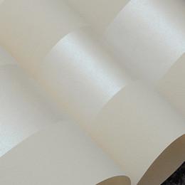 Deutschland Vliestapetenrolle klassische metallische Glitter Streifen Tapete Hintergrund Wandtapete 3D weiß Wohnkultur W075 supplier wallpaper rolls white Versorgung