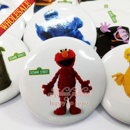 Wholesale Street Clothes Wholesale - 9pcs Sesame Street Pin Badge safety-pin decorate Round Brooch Badges 3.0cm Size Kids Birthday Gift Bags Clothing Accessories
