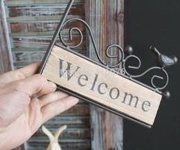 decorazione parete di benvenuto Sconti Nuovo design stile vintage ferro uccello design scheda di benvenuto appendiabiti da parete in legno decorazioni per la casa giardino benvenuto deocration