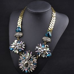 Wholesale Three Flower Diamond Necklace - Ladies necklace N00563 mixed batch hot winter new Europe fashion big three flower full diamond necklace chain female fish