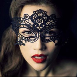 Wholesale Sexy Masquerade White Lace Mask - Mask Sexy Lovely Lace Halloween Masquerade Masks Party Masks Venetian Party Half Face Mask For Christmas Black Fashion Sexy Masquerade Masks