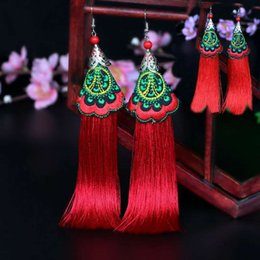 Wholesale Ms Wind - Ms accessories wholesale national wind fan earrings Handmade retro Bohemian long yunnan tassel earrings