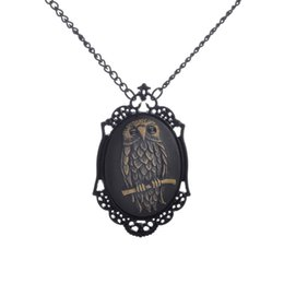 Wholesale Silver Charms For Necklaces Owls - Black Glitter Alloy Owl in Picture Frame Pendant with Buttercup and Metallic Hues Painted Background Punk Necklace for Women