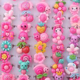 fiori assortiti Sconti Wholesale- Wholesale 100pcs Mix Lotto Animali Fiore assortiti in metallo argentato Baby Bambini Ragazza cartone animato per bambini anelli con Display Box