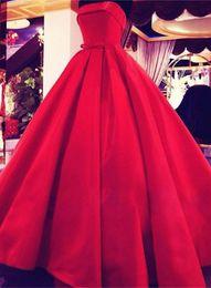 Clássico vintage prom vestidos on-line-Strapless 1950 Hepburn Evening Dresses Red Custom Made assoalho-comprimento de cetim clássico partido vestidos de baile vestidos de noite