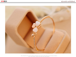 Wholesale Gold Crystal Bracelet Heart Rhinestone - Luxury clover opal diamond bracelet Korean fashion jewelry gift white Rhinestone Crystal Chains Tennis for women Gathering leisure accessori