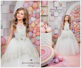 Wholesale Applique Designs For Wedding Dresses - Design Lace Girls Pageant Dress Sash Sequins Floor Length 2018 Girl Communion Dress Kids Formal Wear Flower Girls Dresses for Wedding