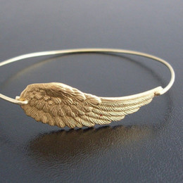 Wholesale United Angels - New Angel Wing Fashion Bracelet 2015 Europe and the United States Hot Sale jewelry free shipping YPQ0092