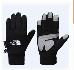 Wholesale Sports Outdoors Wholesale - Wholesale-2015 men and women outdoor sports warm touch gloves