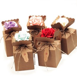 Wholesale New Year Party Package - 200pcs lot Creative Kraft DIY Vintage paper Candy Boxes Gift Bag with rose Flower Chocolate Packaging Party Wedding Decoration Favors