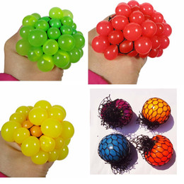 Wholesale Toy Splat Balls - 2017 New Anti Stress Ball Novelty Fun Splat Grape Venting Balls Squeeze Stresses Reliever Toy Funny Gadgets Gift YH-17