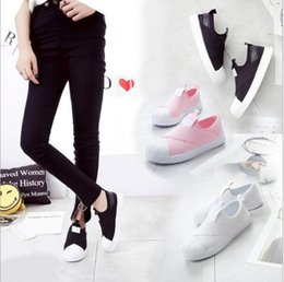 Wholesale pedals straps - 2017 spring new foot pedal shoes couple cross straps shell head board shoes